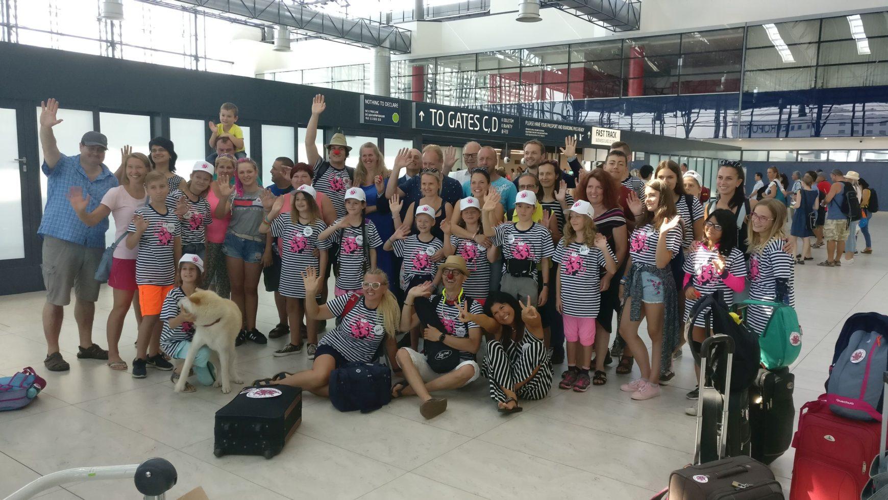 Nave ITALIA si conferma internazionale: da Praga 15 bambini da curare con la terapia dell'avventura